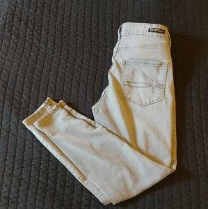Levi's Denizen skinny jeans, size 6